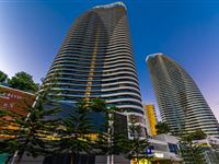 Exterior Night - Peppers Broadbeach